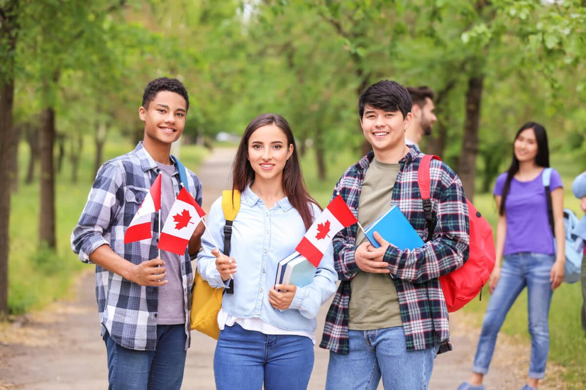 estudar e trabalhar no Canadá